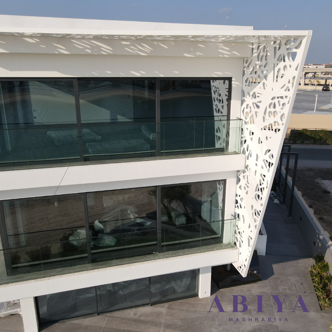 Laser Cut Metal Decorative Screen on the Facade of a Villa in Dubai. Modern Mashrabiya by ABIYA
