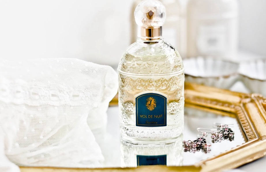 Link to Anuket Luxury Apothecary Fragrance Sampler Pack