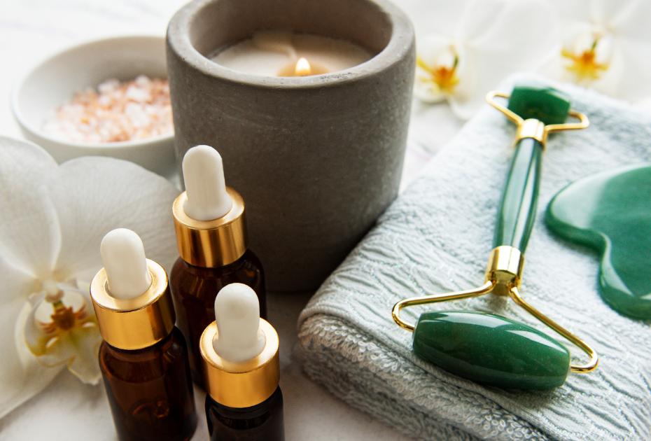 Link to shop Anuket Luxury Apothecary Lotus Oil