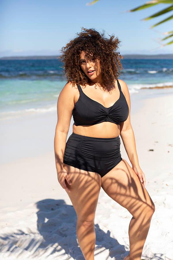 Artesands-curve-fit-plus-size-swimsuit-blog-long-torso-tankini-set-black-hues-signature-2