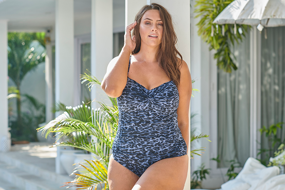 Artesands Hues Black Hayes Underwire One Piece Swimsuit