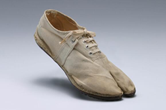 onitsuka tiger's 1953 marathon tabi shoe