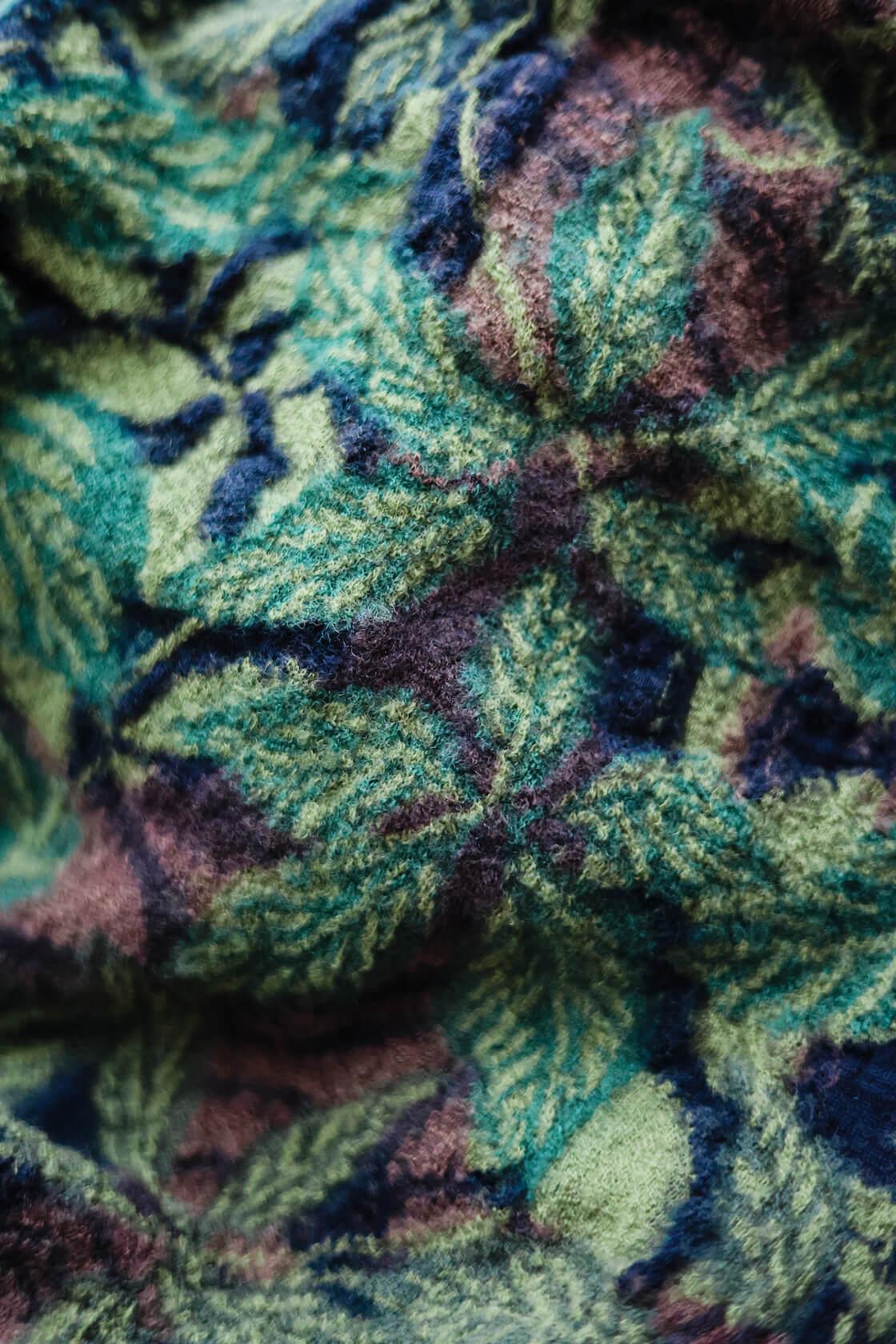 kapital compressed wool scarf detail