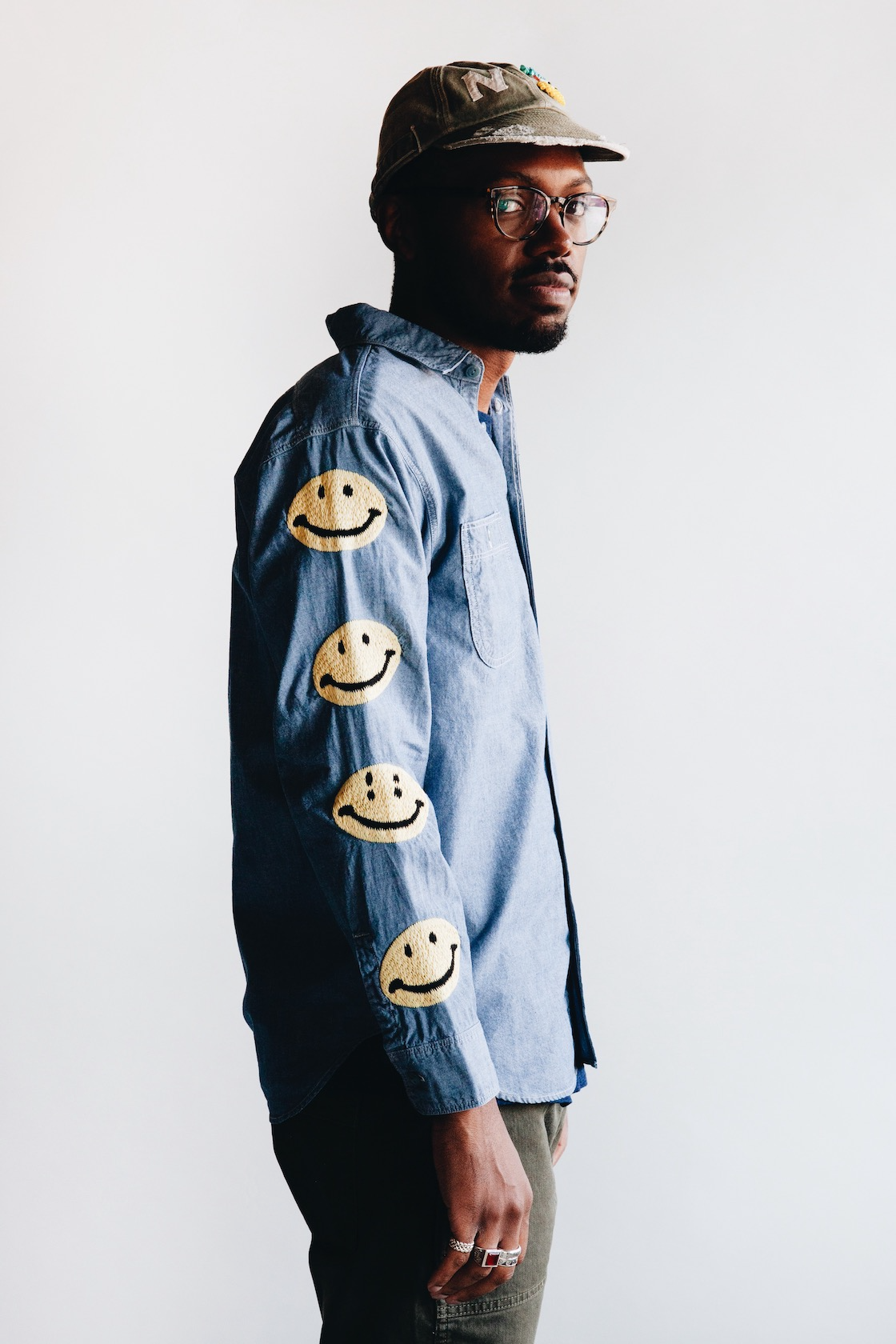 kapital kountry clothing japan smiley shirt on body