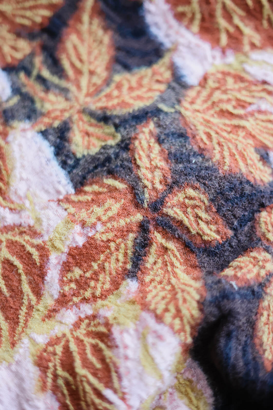 kapital compressed wool scarf