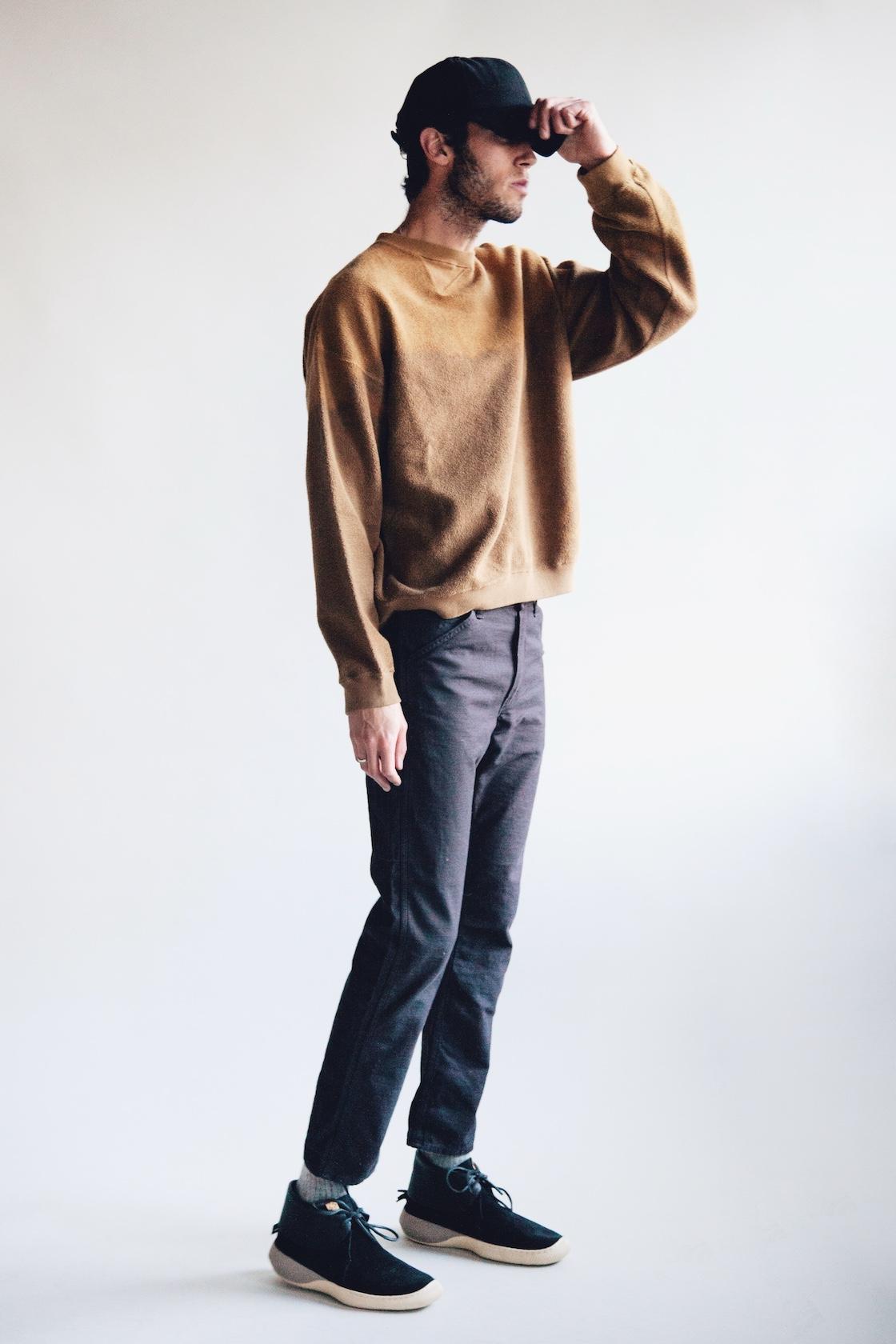 Hender scheme 2 tone wool cap, Noma t.d. breach twist sweatshirt, orslow canoe club painter pants and ute moc trainer shoes from visvim on body