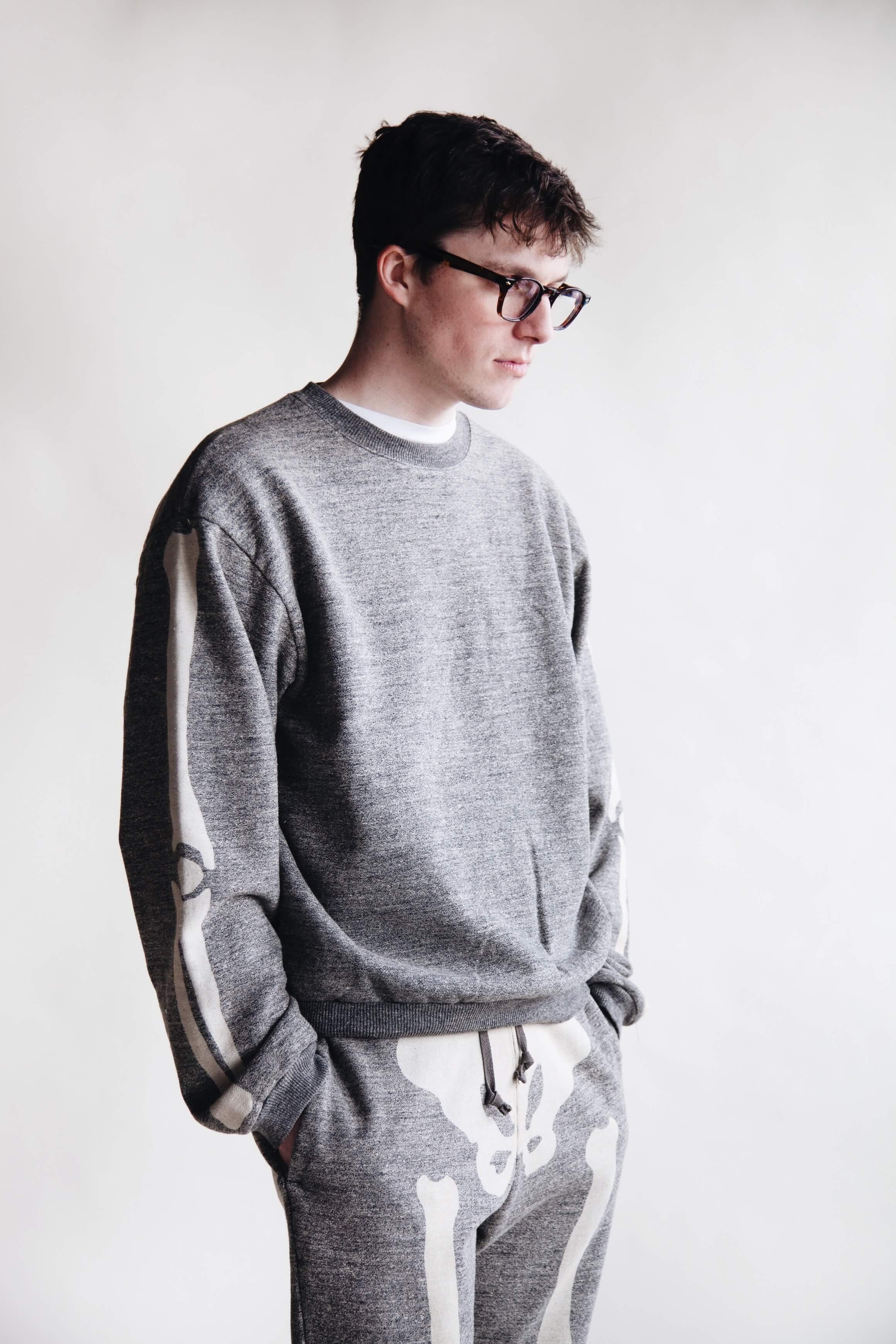kapital clothing japan gandrelle fleece knit big crew sweat (bone), gandrelle fleece knit sweat pants (bone), and hender scheme MIP 18 shoes on body