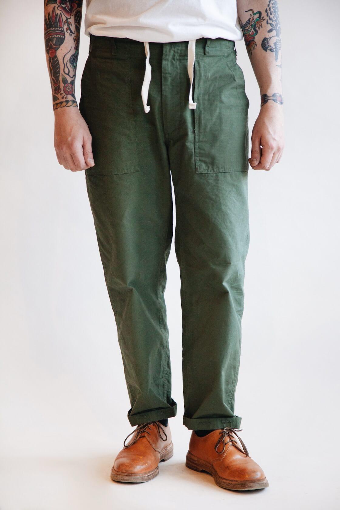 engineered garments fatigue pants on body