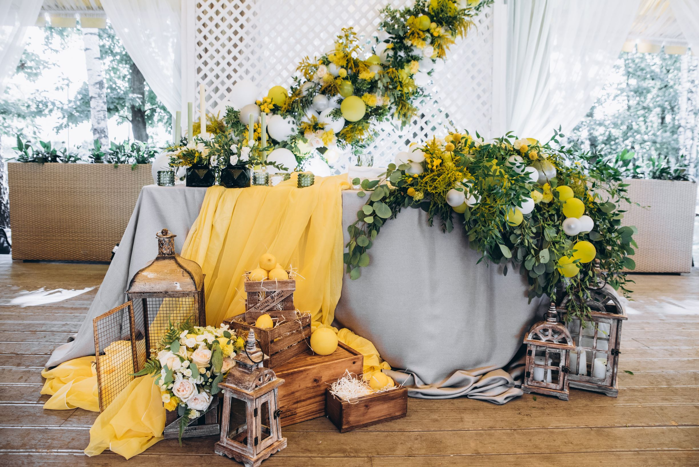 Center Table setup in Gray and Yellow theme