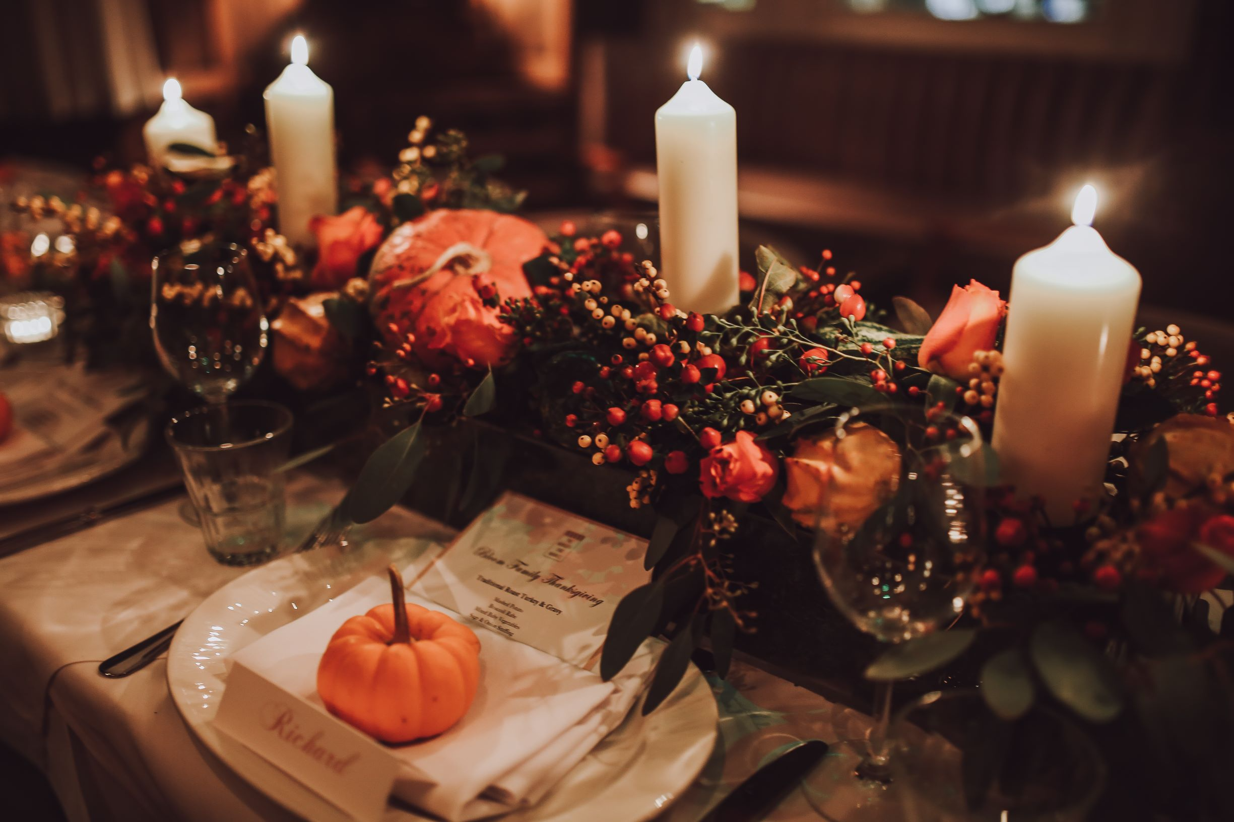 Traditional thanksgiving table in traditional fall season colors.