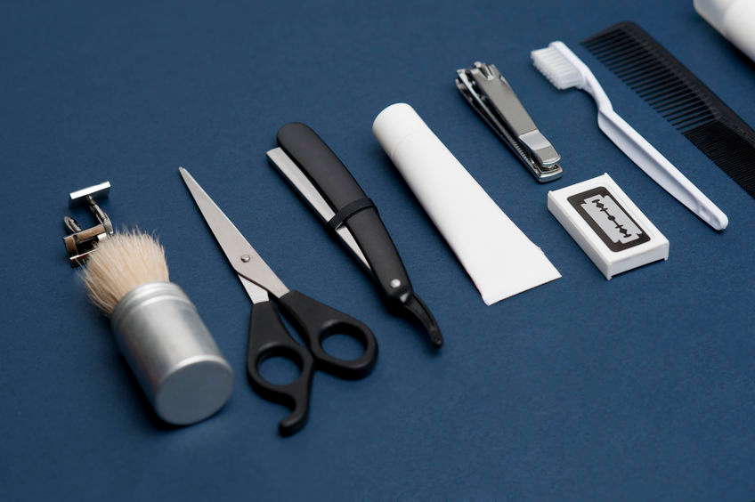Men's grooming products including scissors, razor, comb, etc.