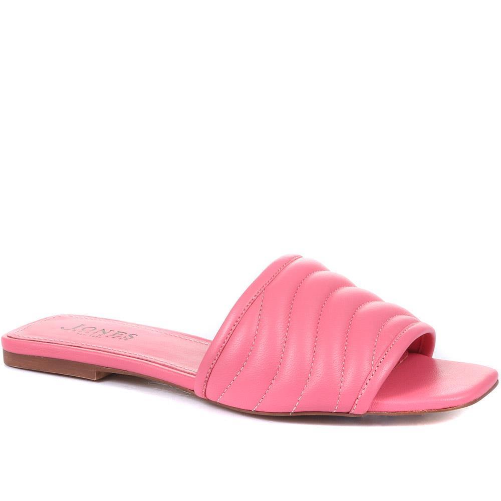 Darci Flat Mules in Pink