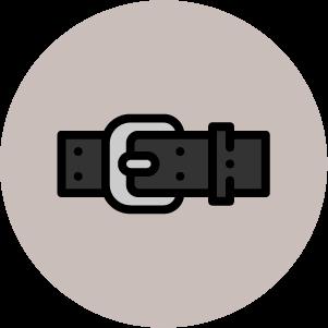 justine leconte capsule wardrobe essential accessories blog belt