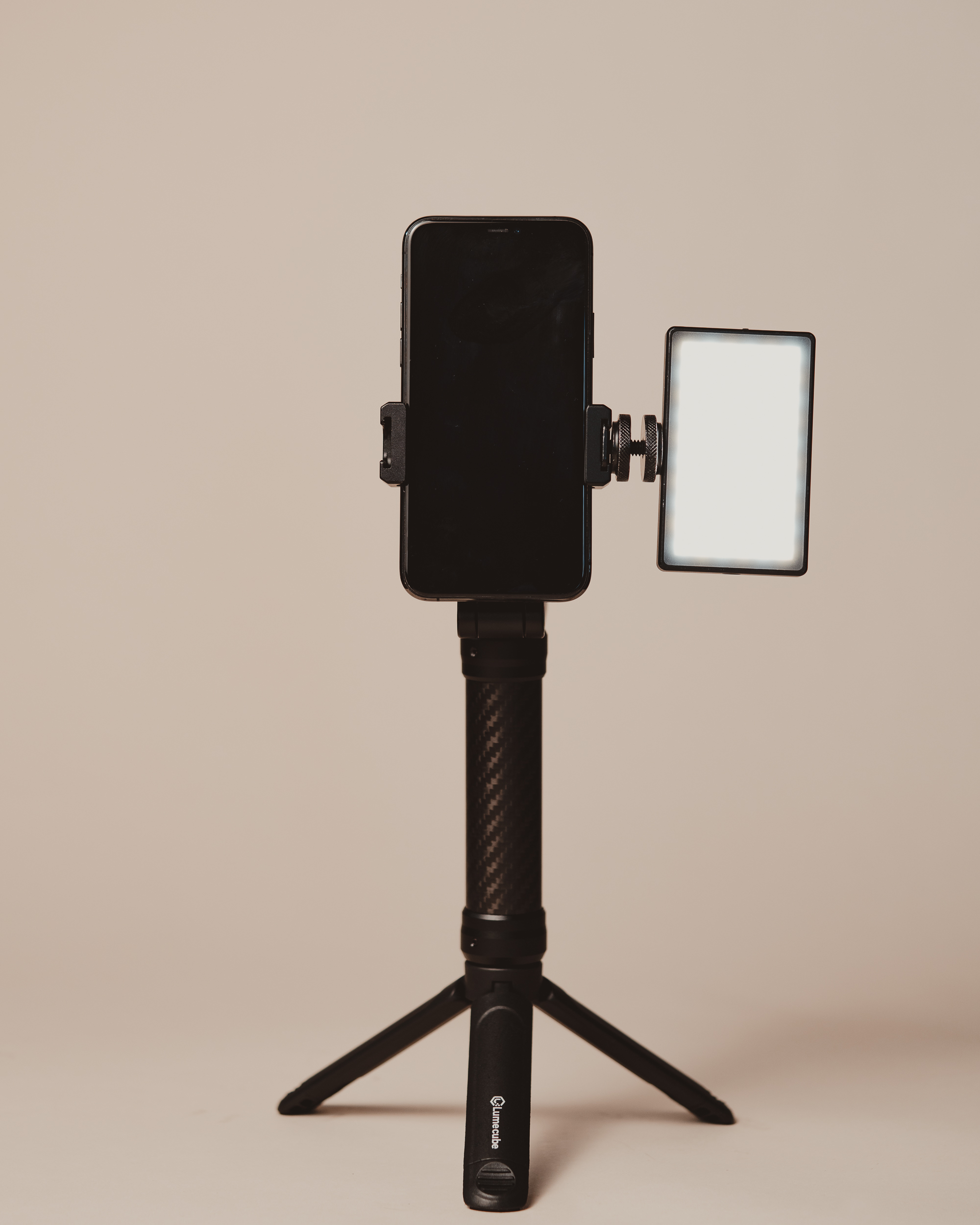mobile creator kit with one light