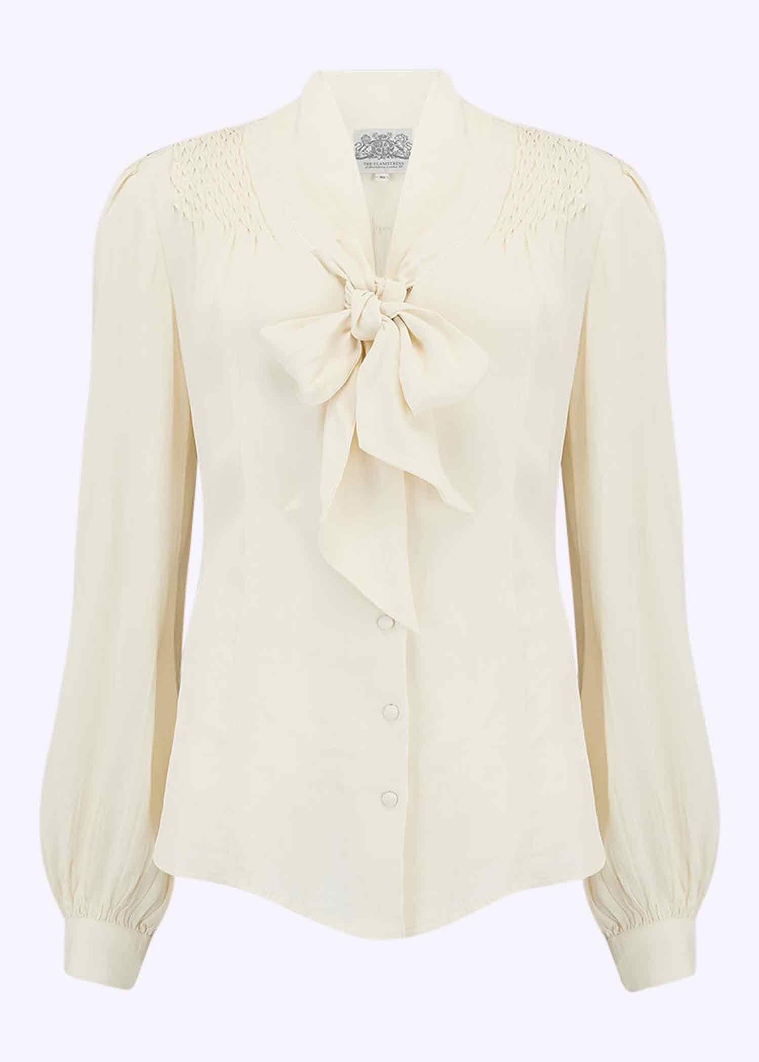 Vintage skjorte med bindesløjfe i creme