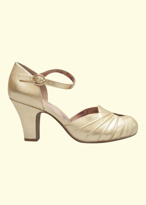 Miss L four gold shoes