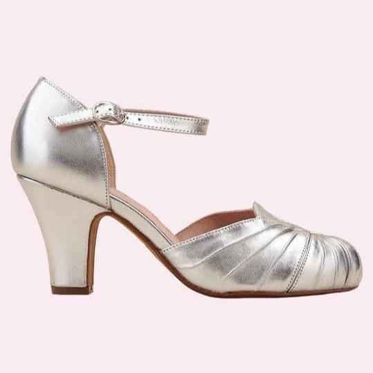 Sko i sølv fra Miss L Fire