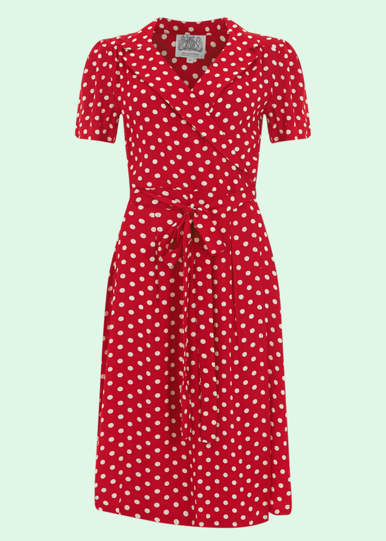 Retro and vintage styles turn around dresses