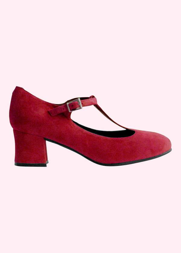 Beautiful red shoes for Valentines
