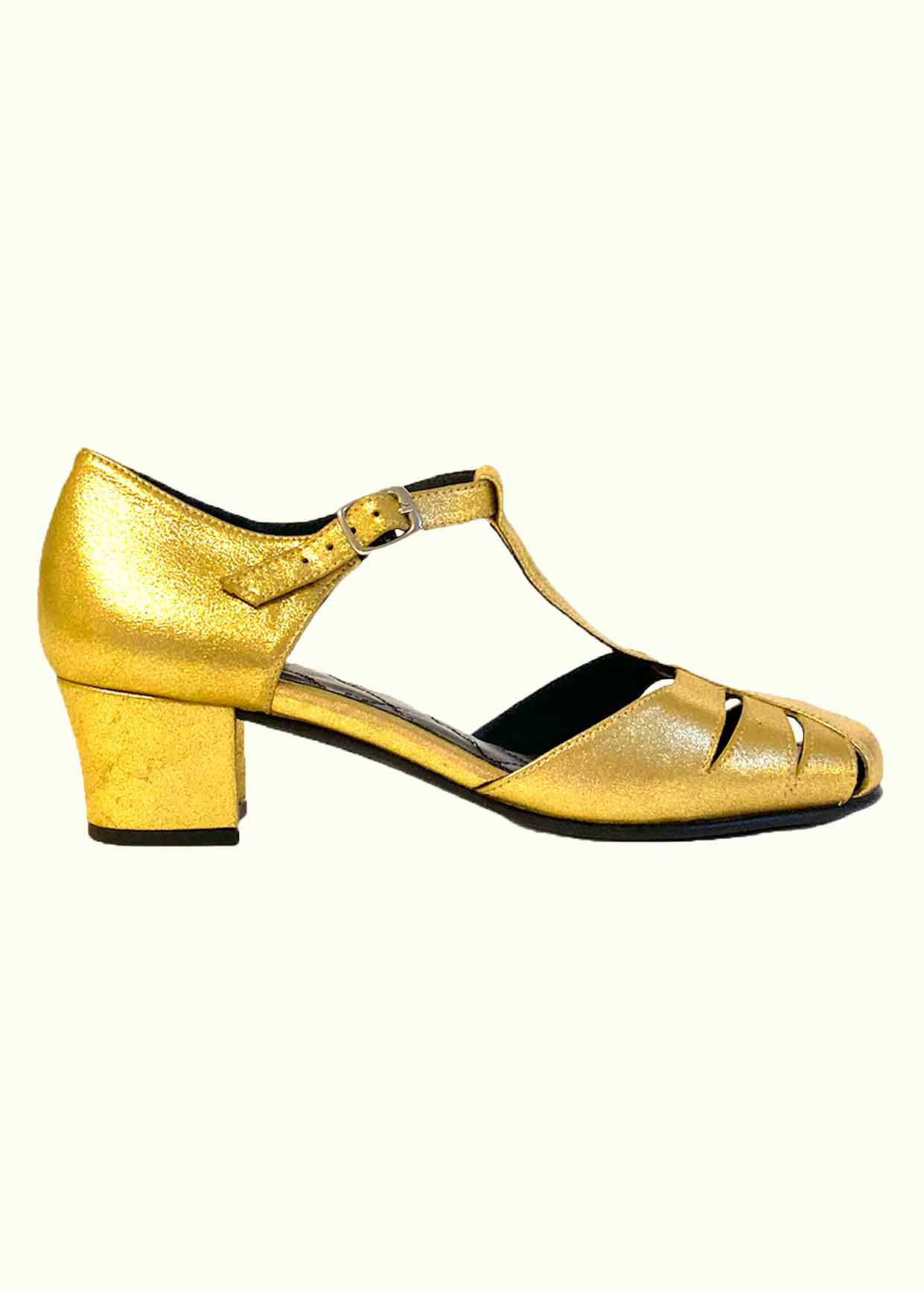 Gold shoes from Nordic ShoePeople