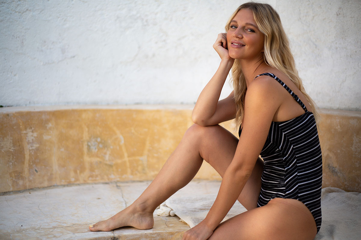 nip-tuck-swim-lonesome-dove-black-white-stripe-modest-affordable-blog-swimwear-swimsuit-5