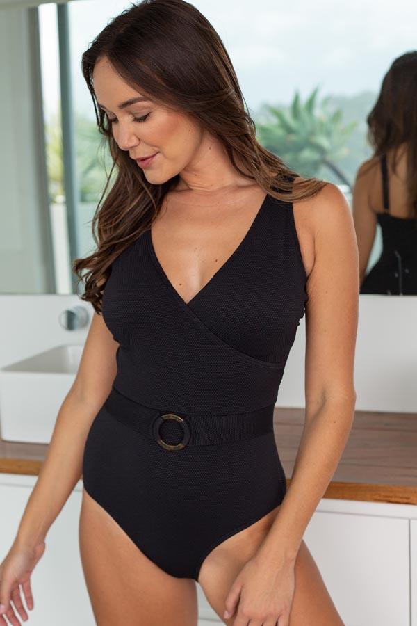 nip-tuck-swim-delta-must-haves-black-texture-one-piece-tummy-control-affordable-swimwear-swimsuit-4