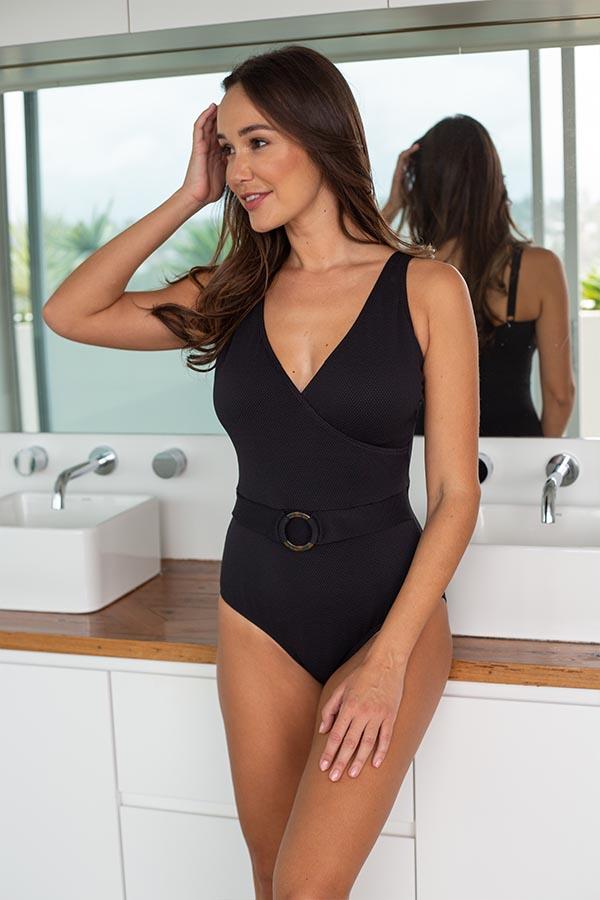 nip-tuck-swim-delta-must-haves-black-texture-one-piece-tummy-control-affordable-swimwear-swimsuit-3