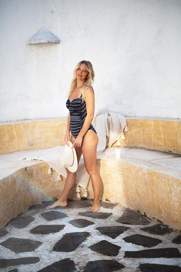 nip-tuck-swim-lonesome-dove-black-white-stripe-modest-affordable-blog-swimwear-swimsuit-4
