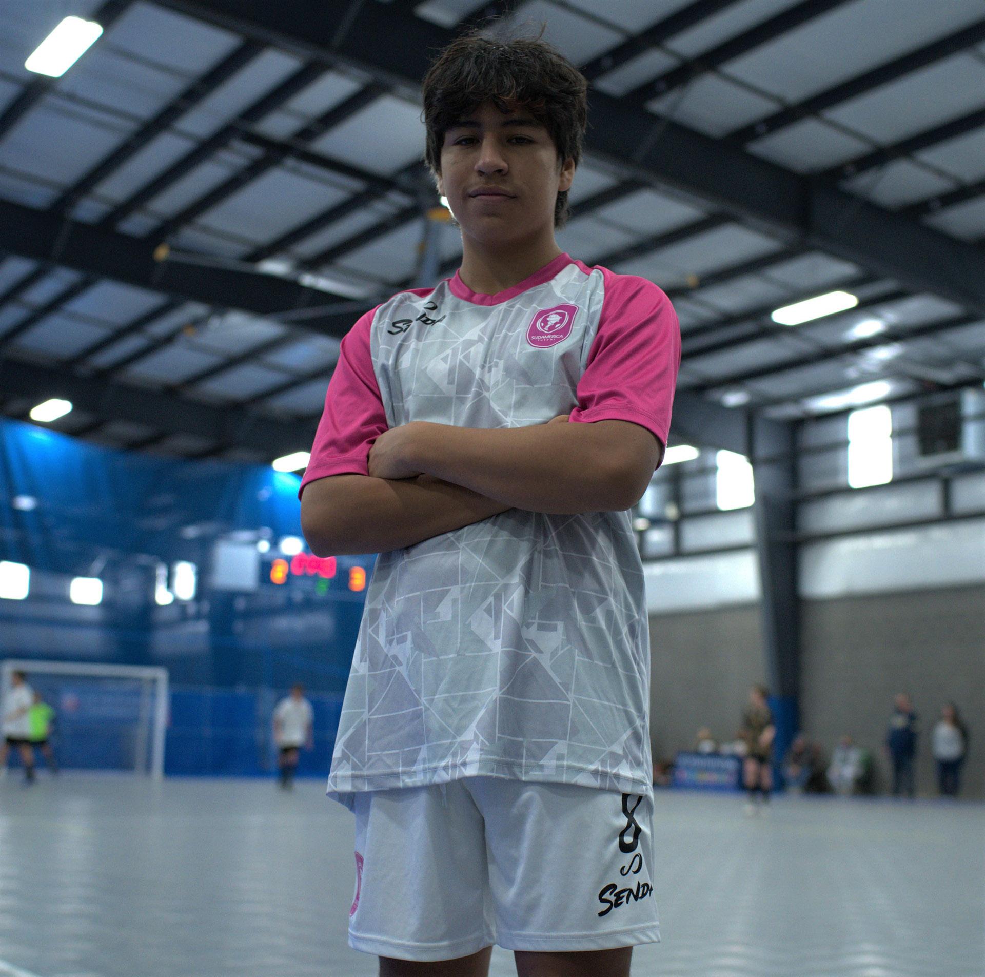 Sudamerica's player with Senda customized away uniform