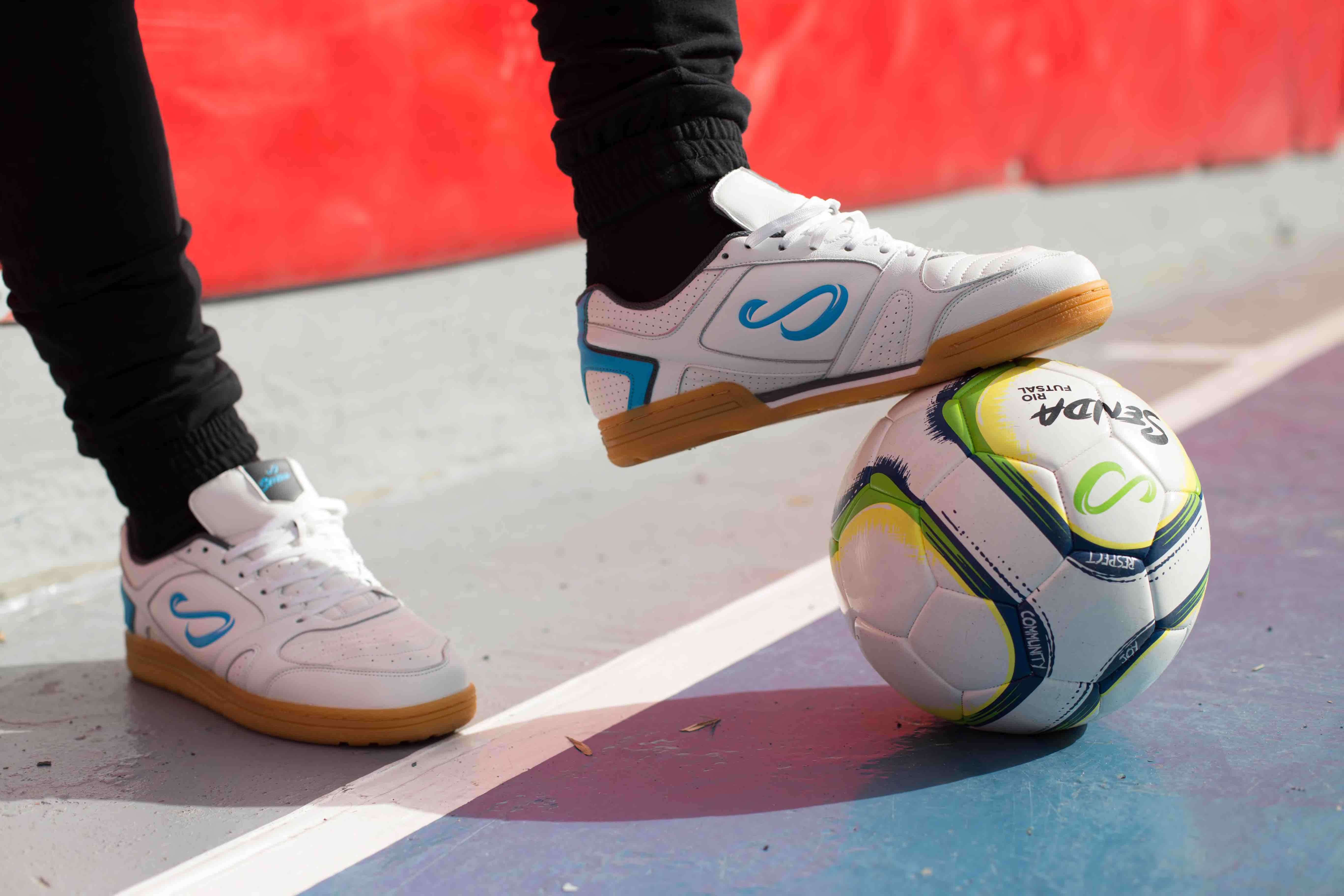 Cordoba futsal shoes by Senda