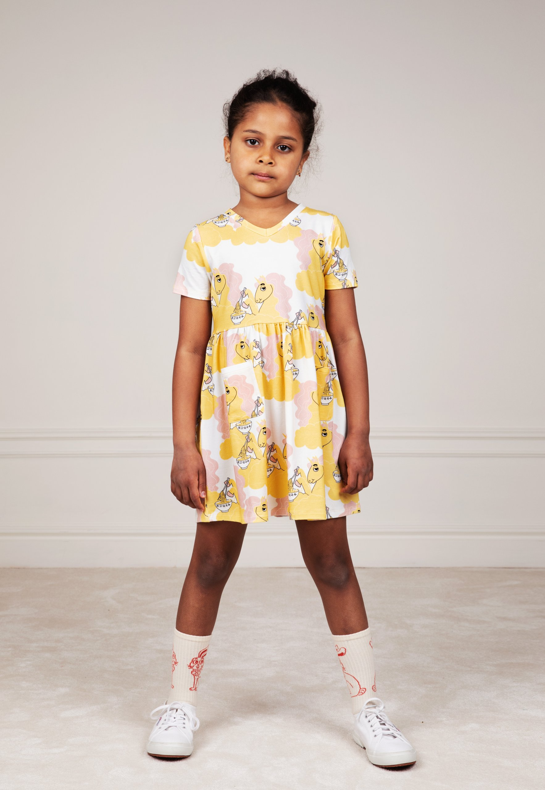 mini rodini unicorn noodles allover short sleeve dress yellow