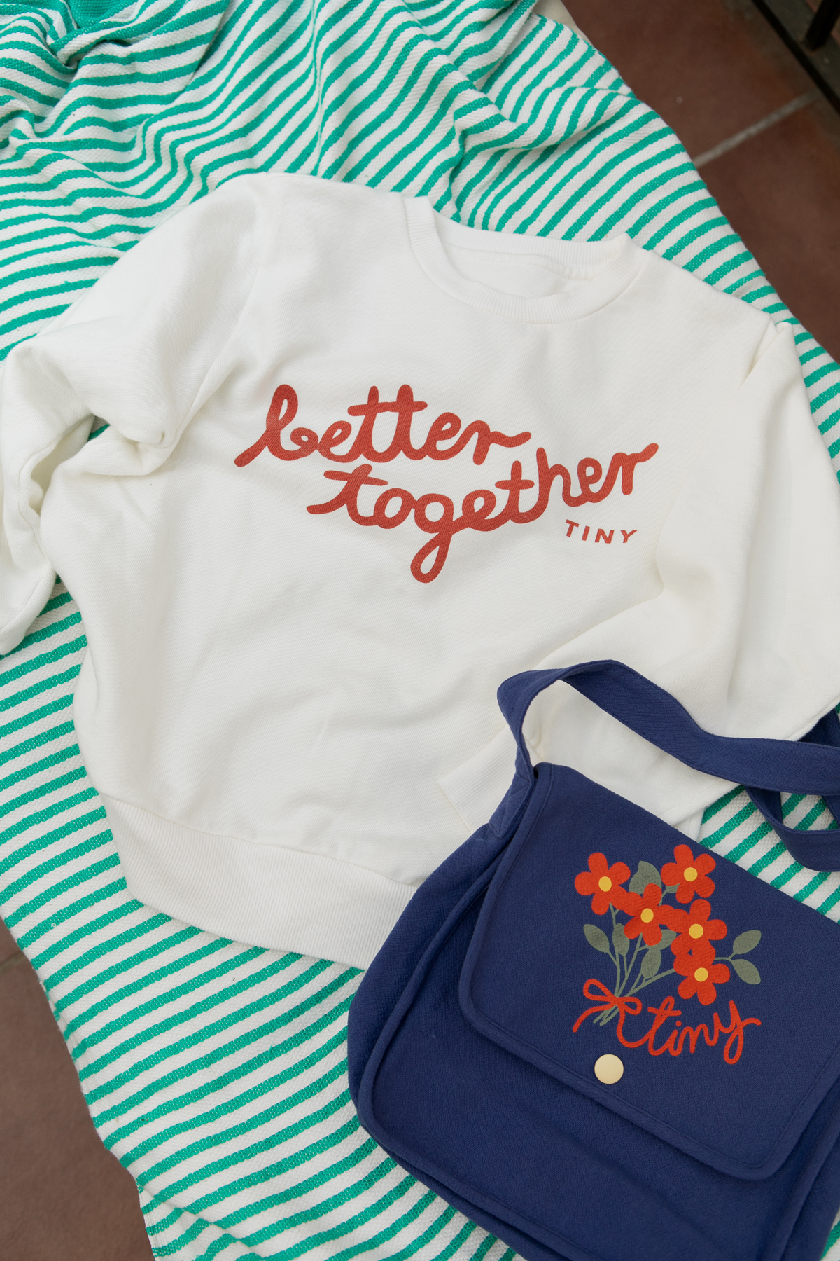tinycottons better together sweatshirt off white red