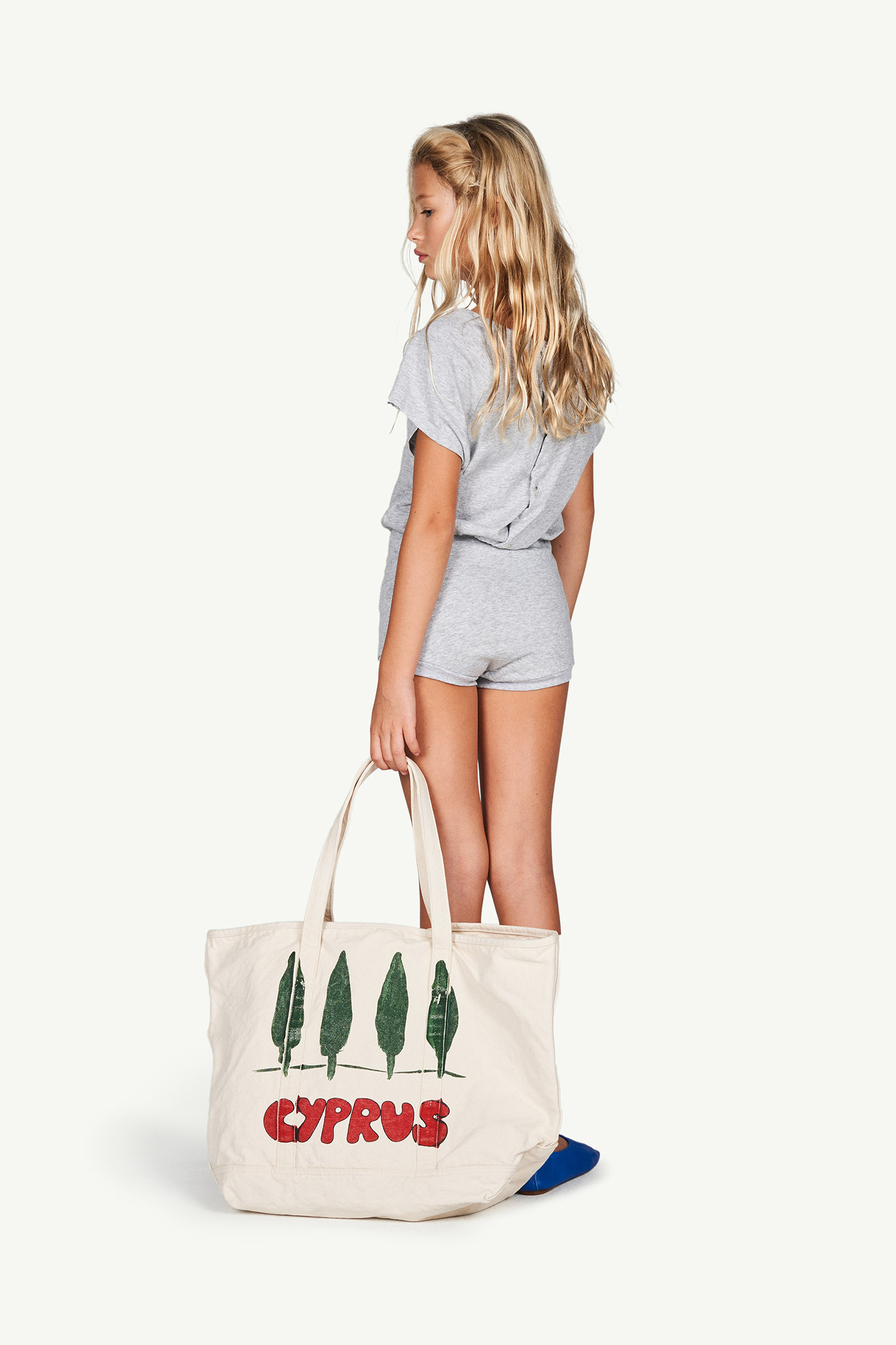 the animals observatory tote bag white cyprus
