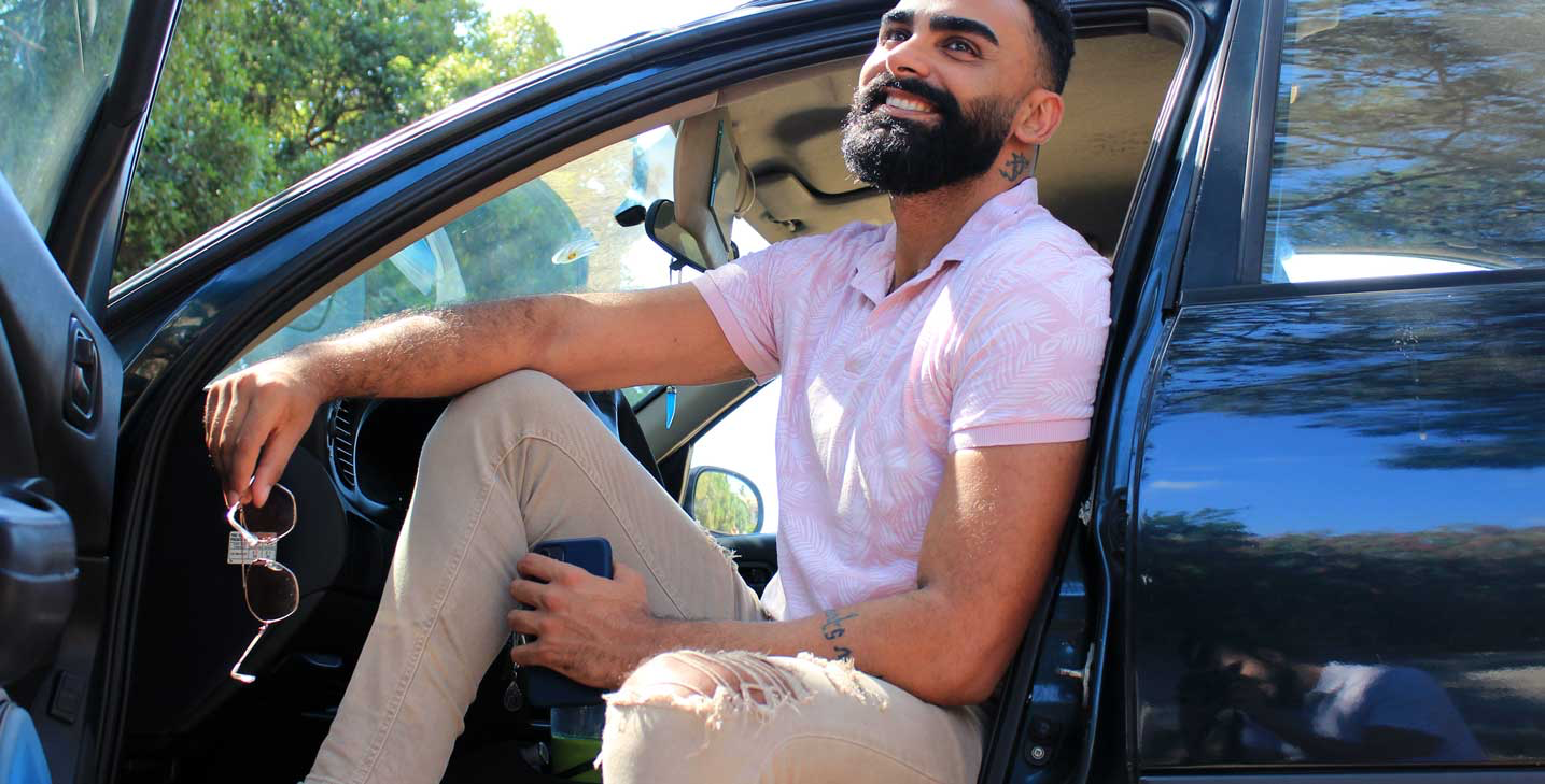 Man wearing well-fitted clothes