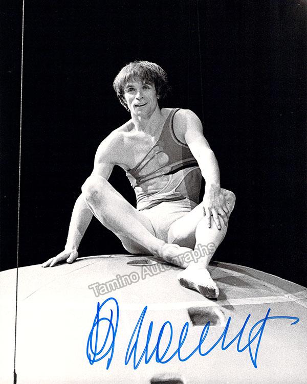 Nureyev, Rudolf - Signed Photo in Performance