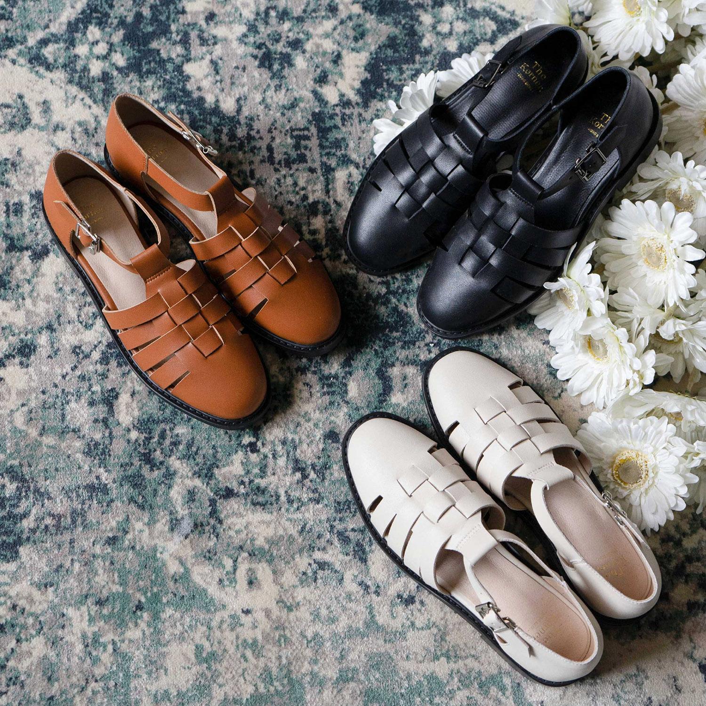 kris sandals