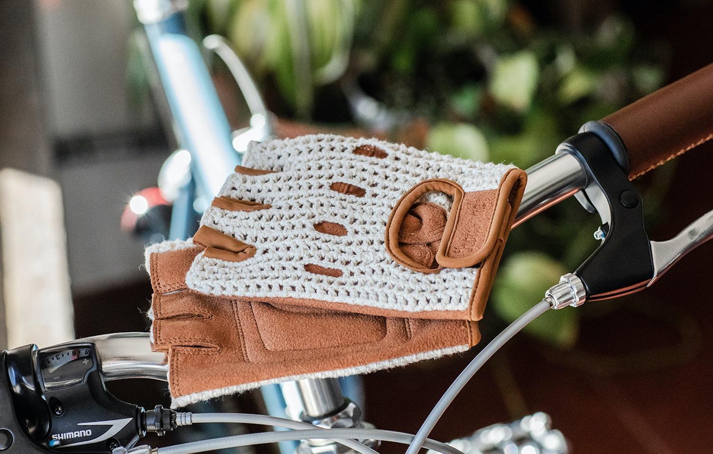knit cream bike gloves