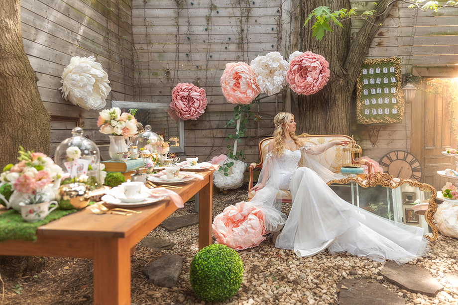 Betty Ma, Luxury Moment Photography, Wedding Photography, Wedding Photographer, Bride, Bride in a Garden