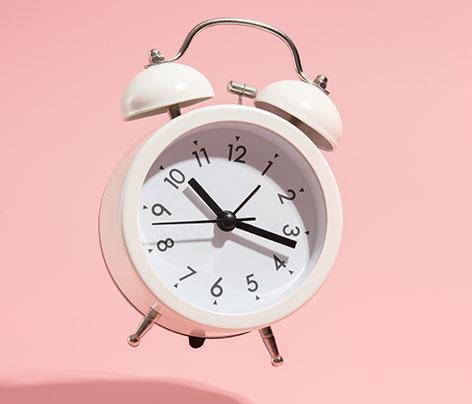 Combien d'heures doit-on vraiment dormir la nuit ?