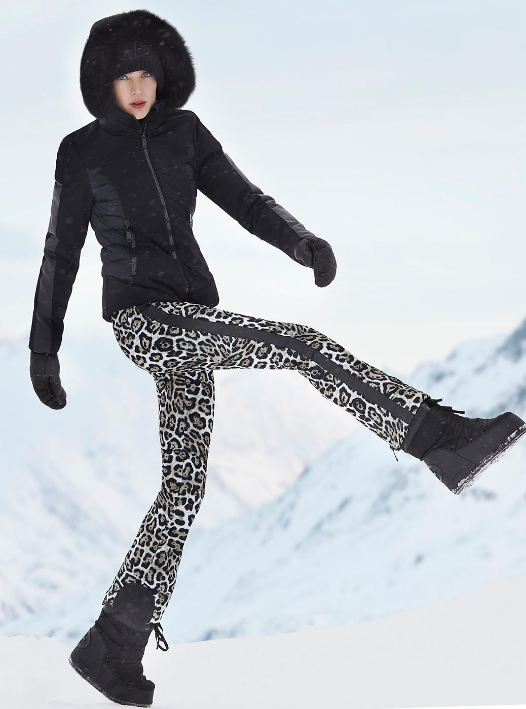 Goldbergh Lua Leopard Print Downfilled Ski Jacket