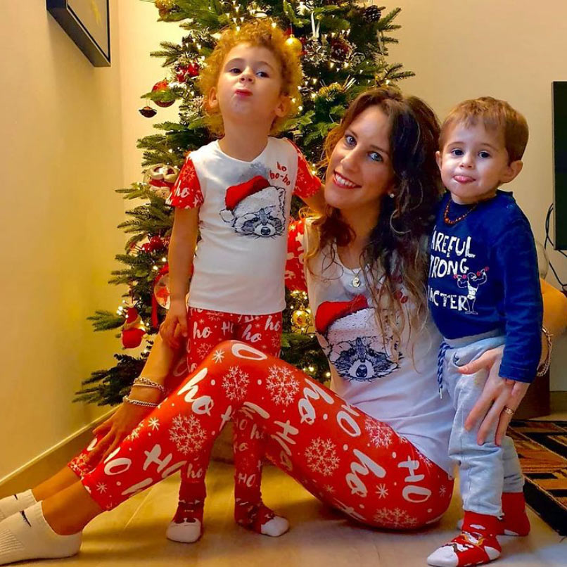 Matching-Mommy-and-Me-Onesies(1)